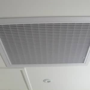How to clean the Ducted Return Air Filter